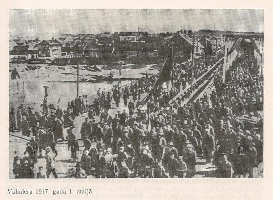 Первомайская демонстрация в Валмиере, 1917 год.