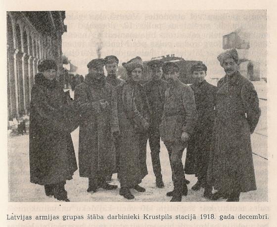 Latvijas armijas grupas štaba darbnieki Krustpils 1918g