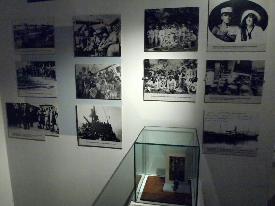Экспозиция о Белых Латышских стрелках: фотографии и витрины. (1)