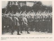 Парад немецких войск на эспланаде в Риге в сентябре 1917 года