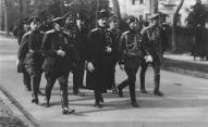 Руководство Западной добровольческой армии (П.Бермонт в центре)