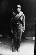 Lubānas plostnieks L. Kargāns. Latviešu strēlnieks. 1916.g.