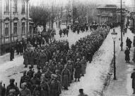 Латышские стрелки вступают в Елгаву в январе 1919 года.
